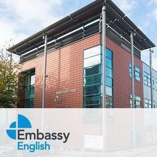 เรียนซัมเมอร์ต่างประเทศ English course at Embassy English UK